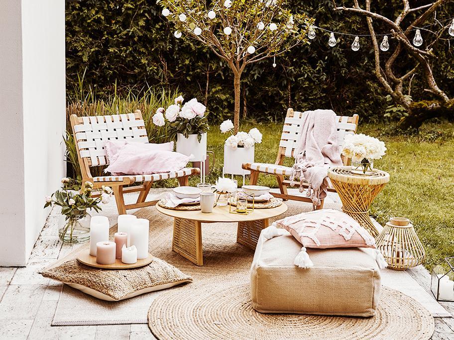 Cojines y alfombras frescas