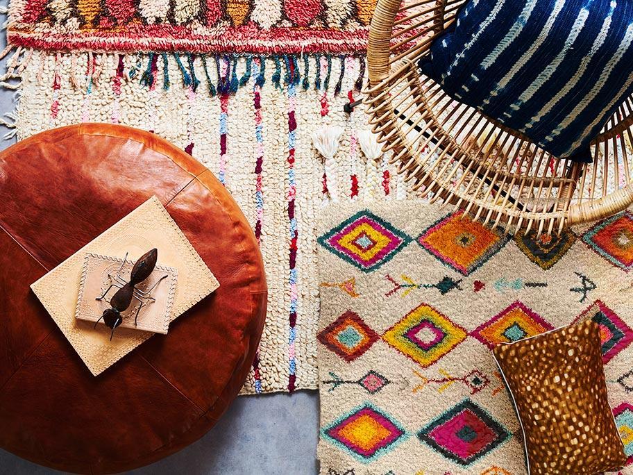 Des tapis Navaei sur le sol