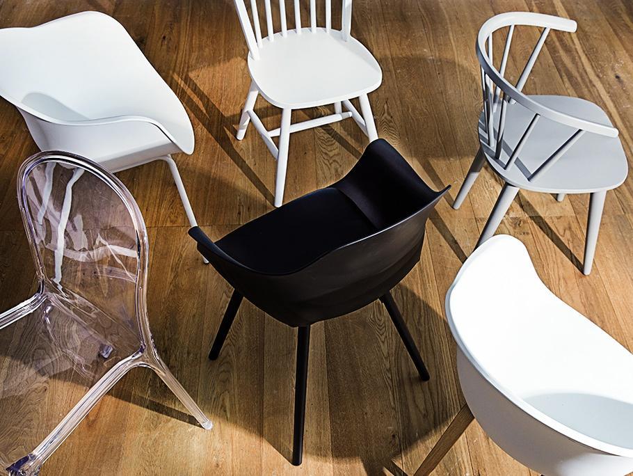 99 Chairs below 100 EUR
