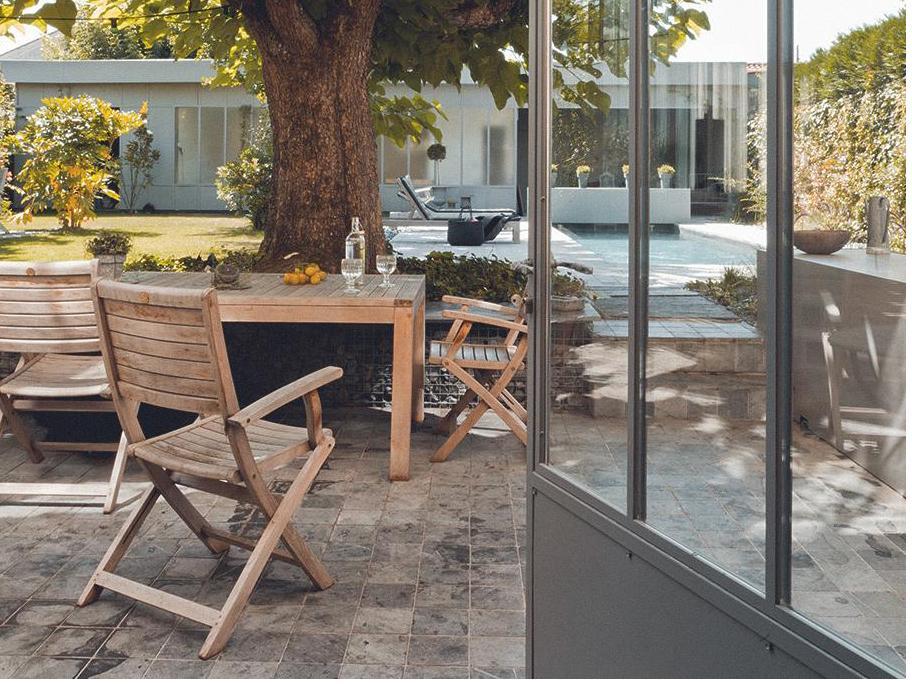 Stoły i krzesła outdoorowe