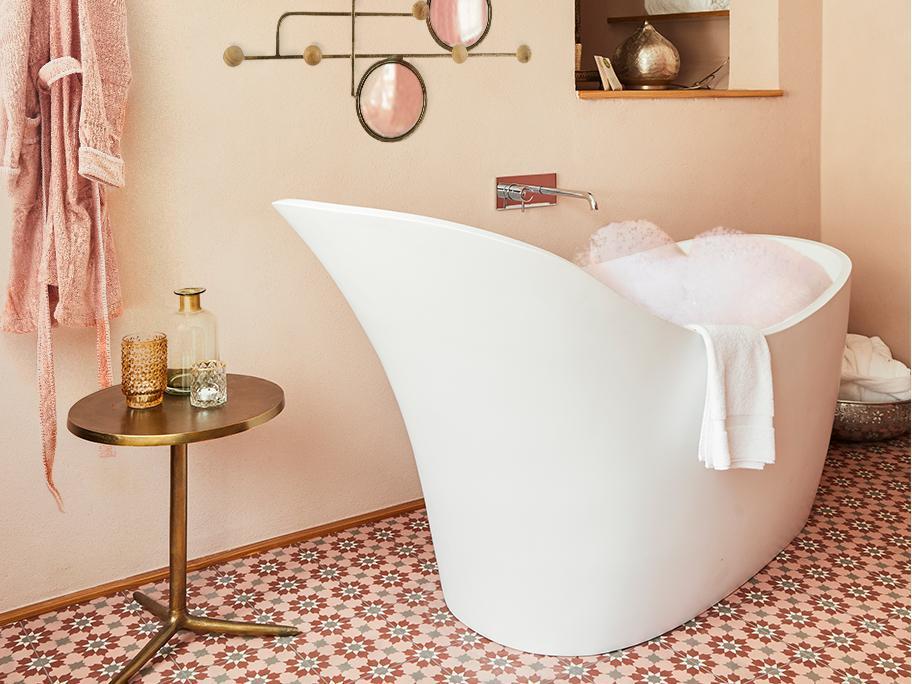 Bubble bathroom