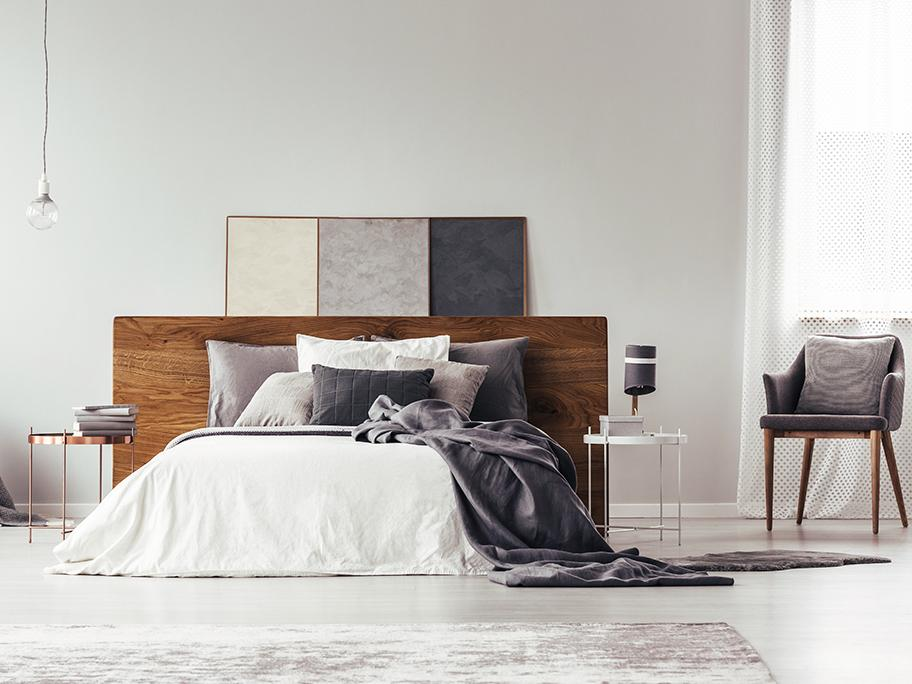 Bedroom: LESS is MORE
