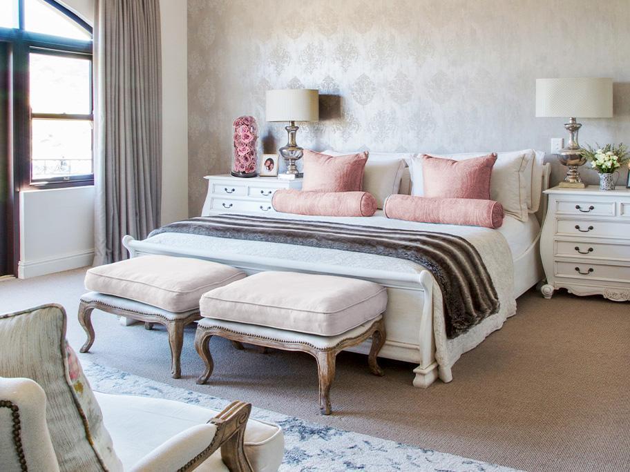 Sypialnia z paryskiego hotelu
