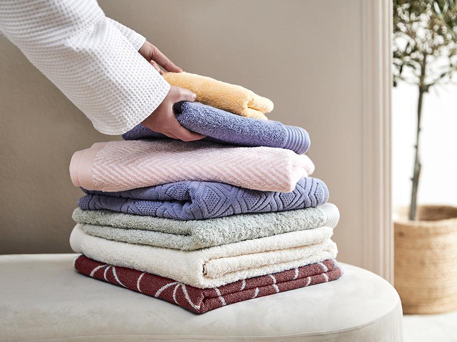 Wiosenne tekstylia do łazienki