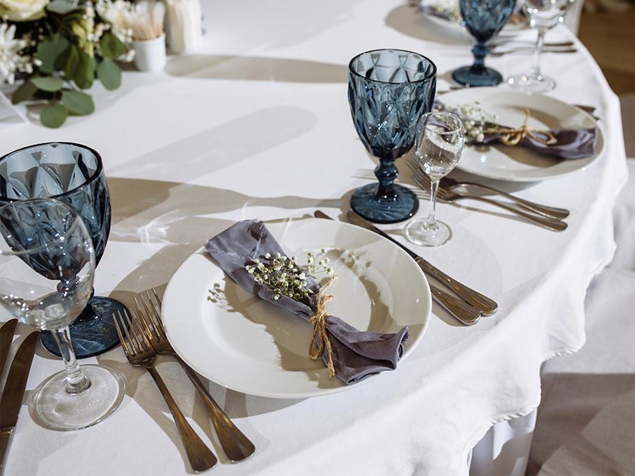 Stół w romantycznej odsłonie